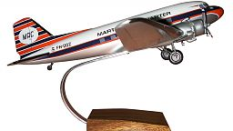 Martins Air Charter (gear down)